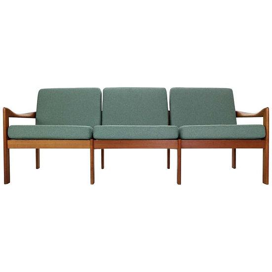 Illum Wikkelsø Three-Seat Teak Sofa for Niels Eilersen, 1960, Denmark