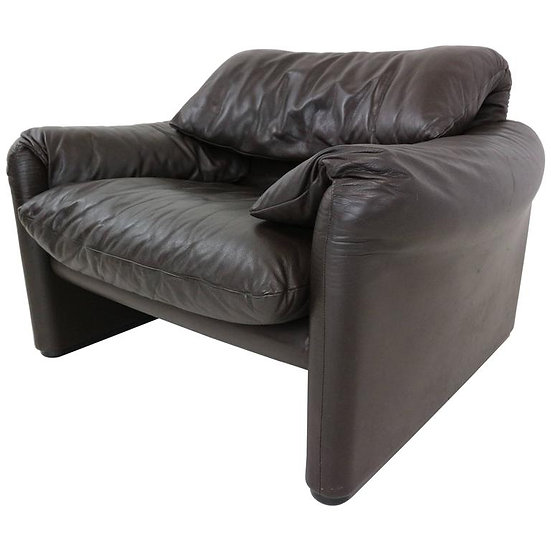 Leather Lounge Chair Maralunga Design by Casina