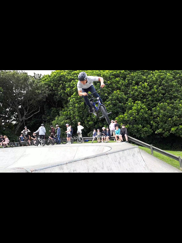 Local Legend J Liu floating a 360