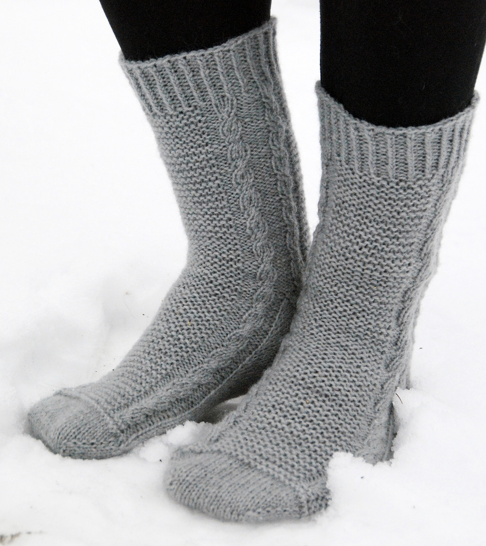 The smallest and fastest knit was Juhani's socks with 278 m and 8 days.
