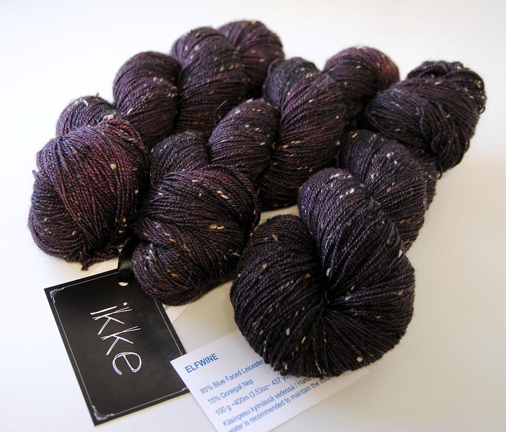 """iKKe Yarns BFL Tweed yarn in """"Elfwine"""""""