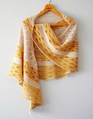 Sign of the Sun :: shawl knitting pattern