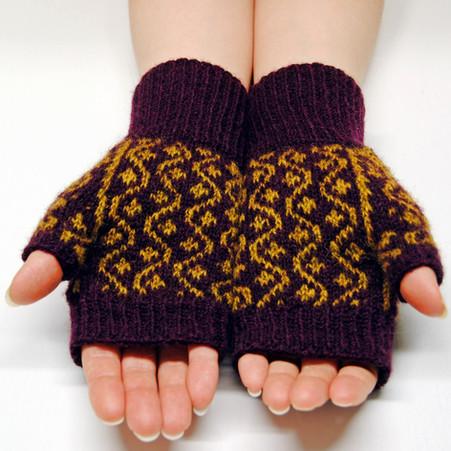 Starvine Mitts :: fingerless mitts knitting pattern