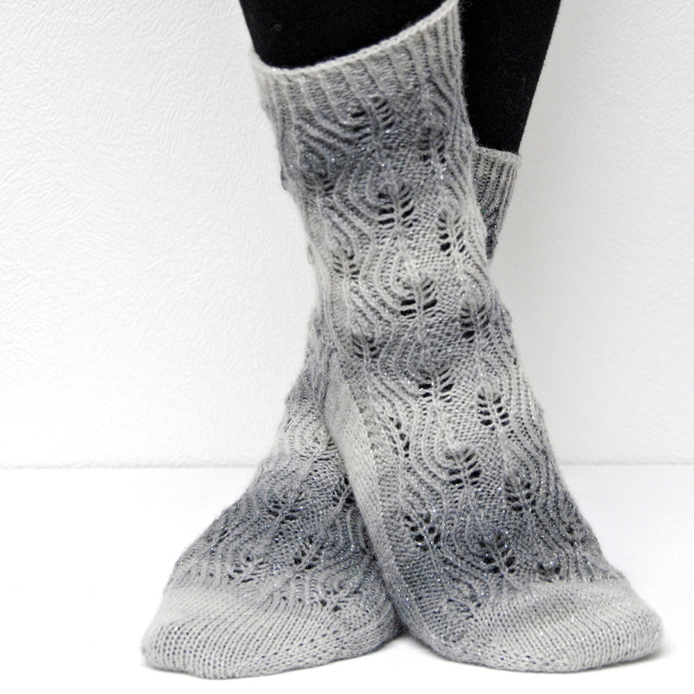Stamets :: sock knitting pattern