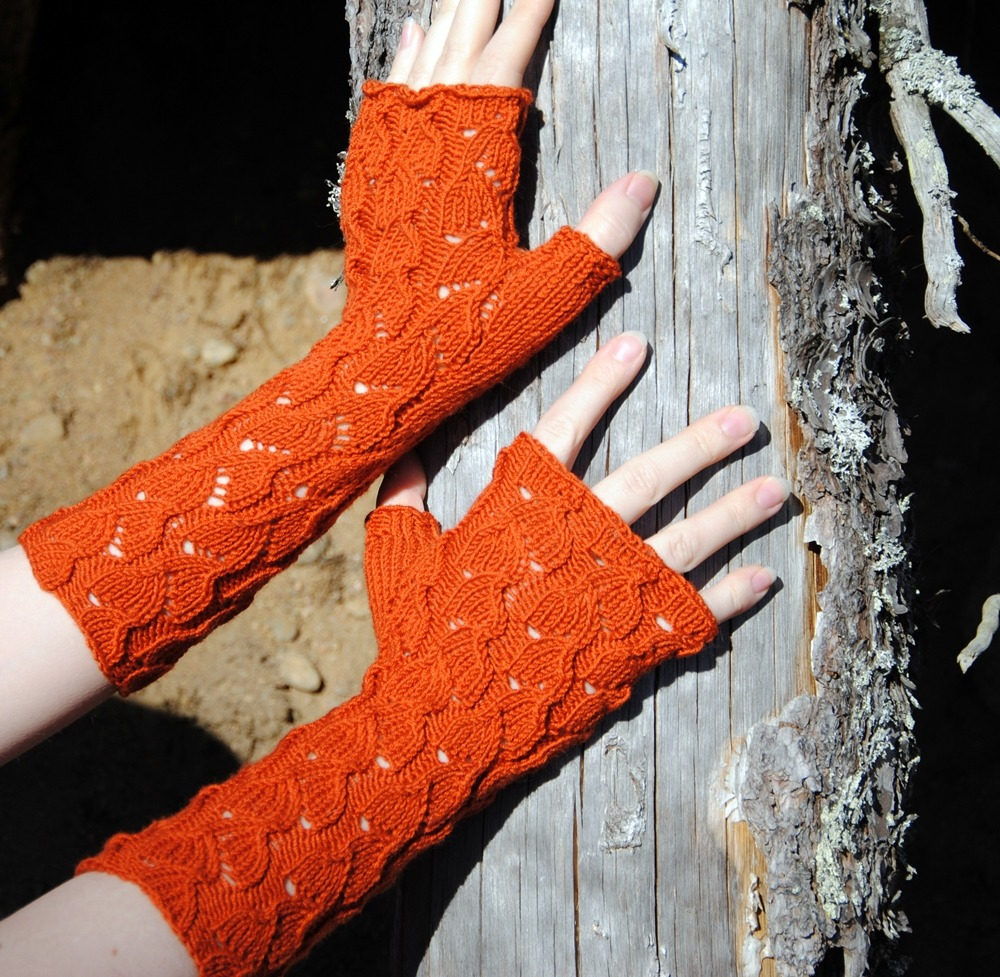 Fireberry Mitts