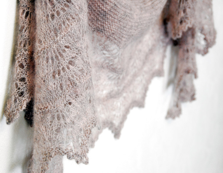 Milky Oolong :: shawl knitting pattern