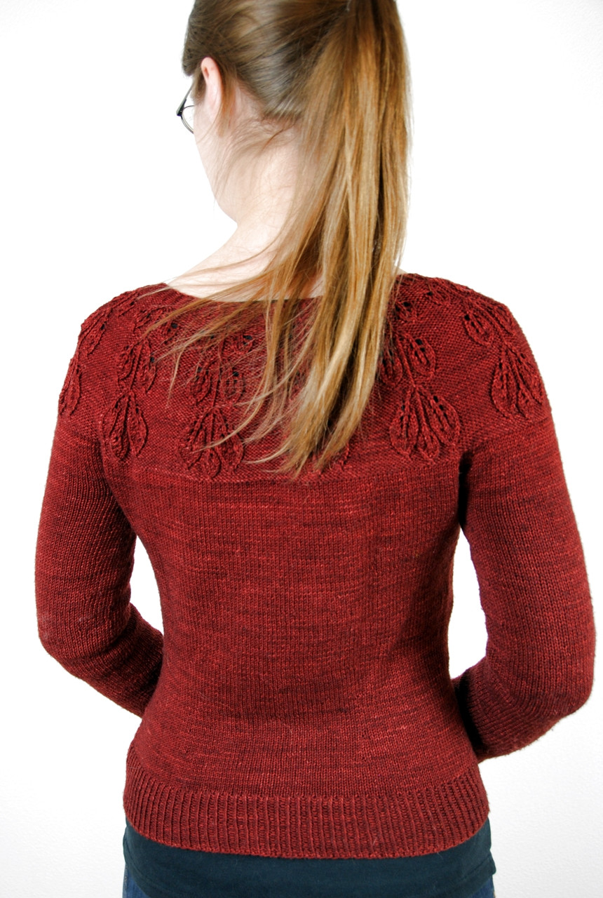 In Mirkwood Cardigan short rows are added to the bottom of the yoke to lengthen the back