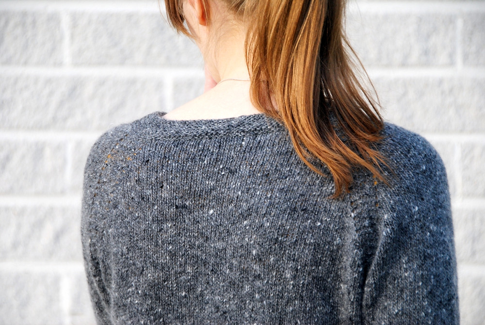 Raglan seams in garter stitch on Tweed is the New Black