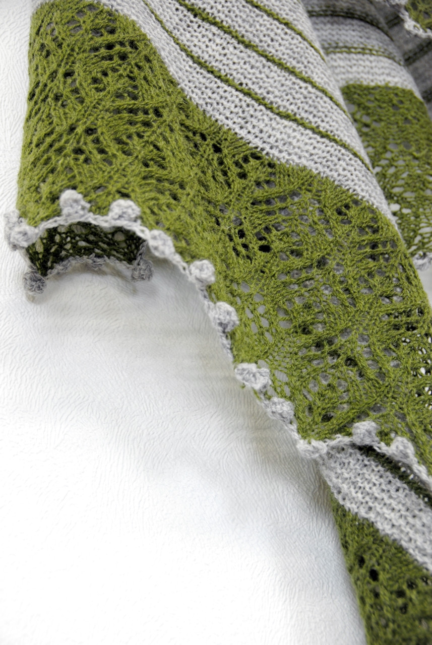 Bobble bind-off on the Grand Fir shawl