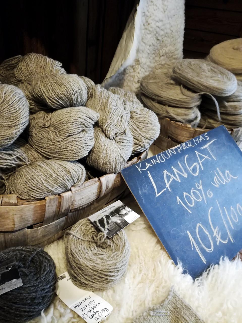 Kainuu Gray wool from Niemelän tila