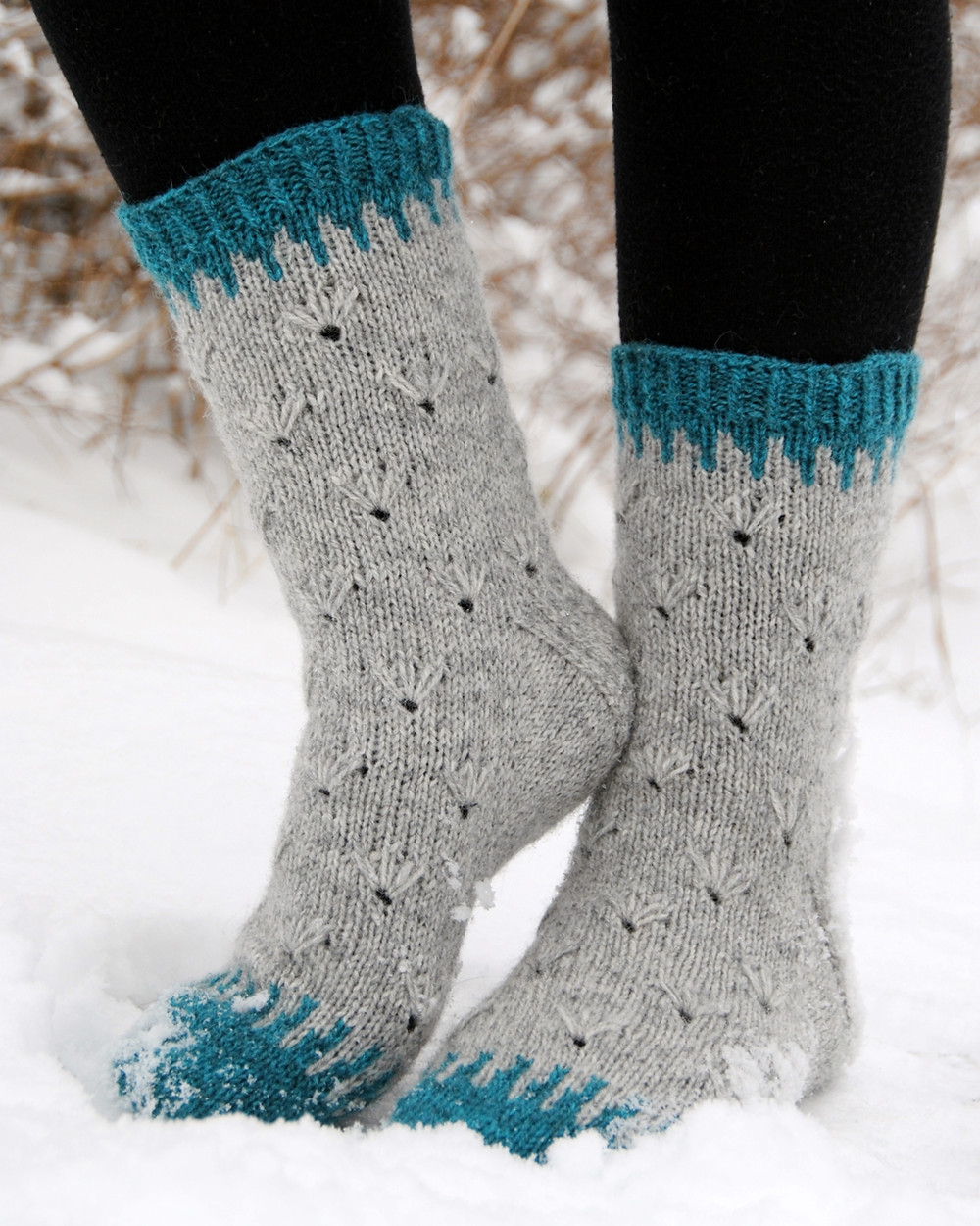 Nuoska :: colorwork sock knitting pattern