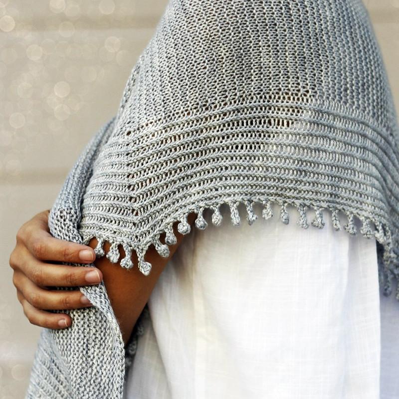 Fringe bind-off on the Inner Peace shawl knitting pattern, designed by Joji Locatelli