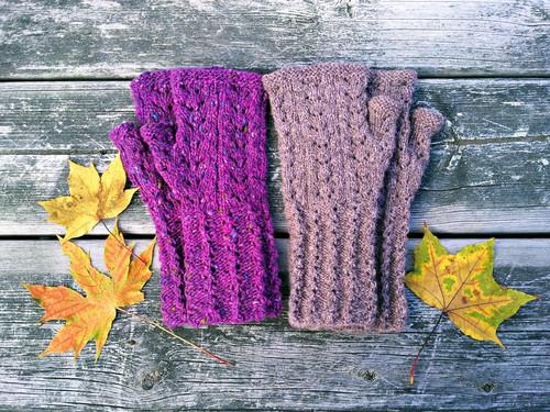 Wild Sage Mitts :: fingerless mitts knitting pattern