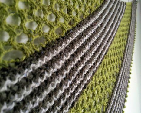 Lempi :: shawl knitting pattern