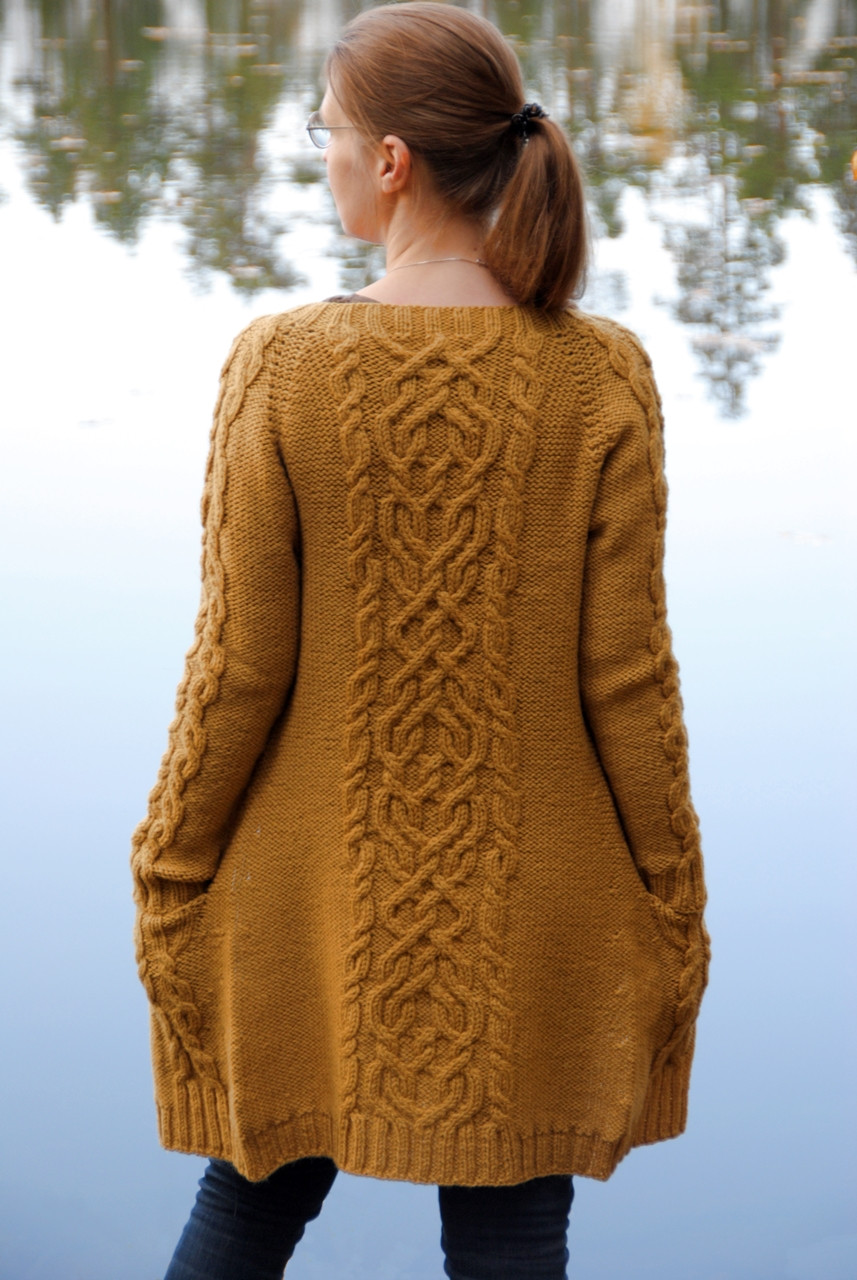 The Comeback Cardigan was my biggest knitting project in 2020 consuming 960 m of yarn.
