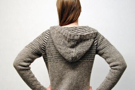 Dilaila's Hoodie :: cardigan knitting pattern