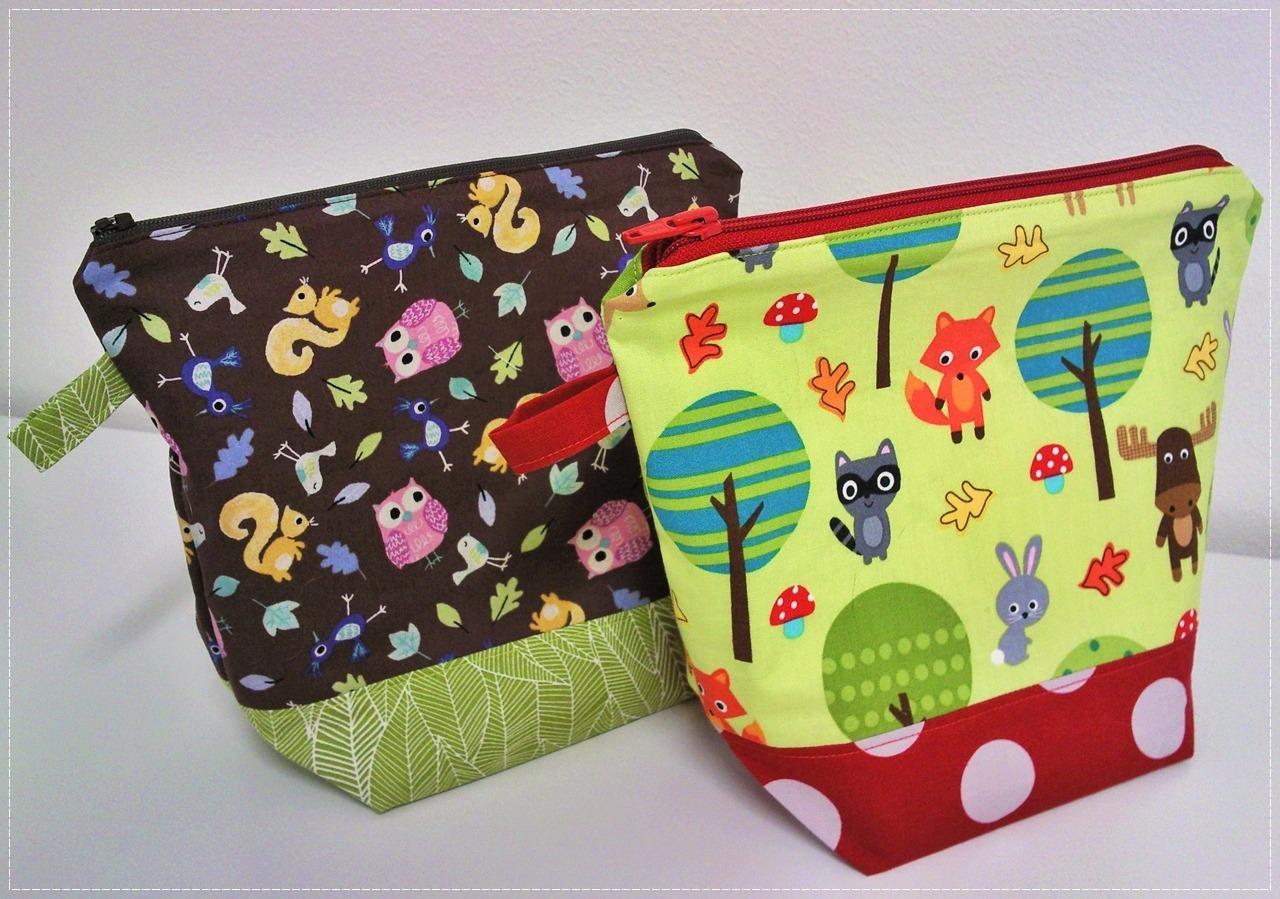 Hue Loco Holiday Bags