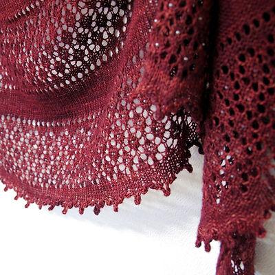 Fenberry Shawl :: shawl knitting pattern