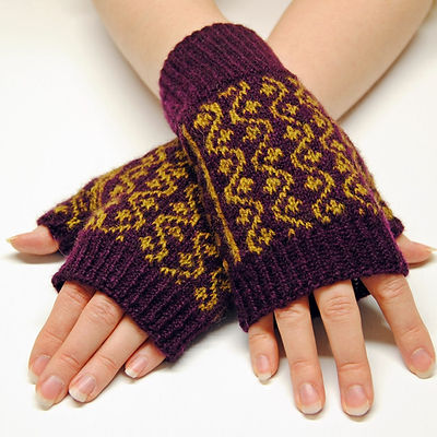 Starvine Mitts :: fingerless mitts knitting pattern