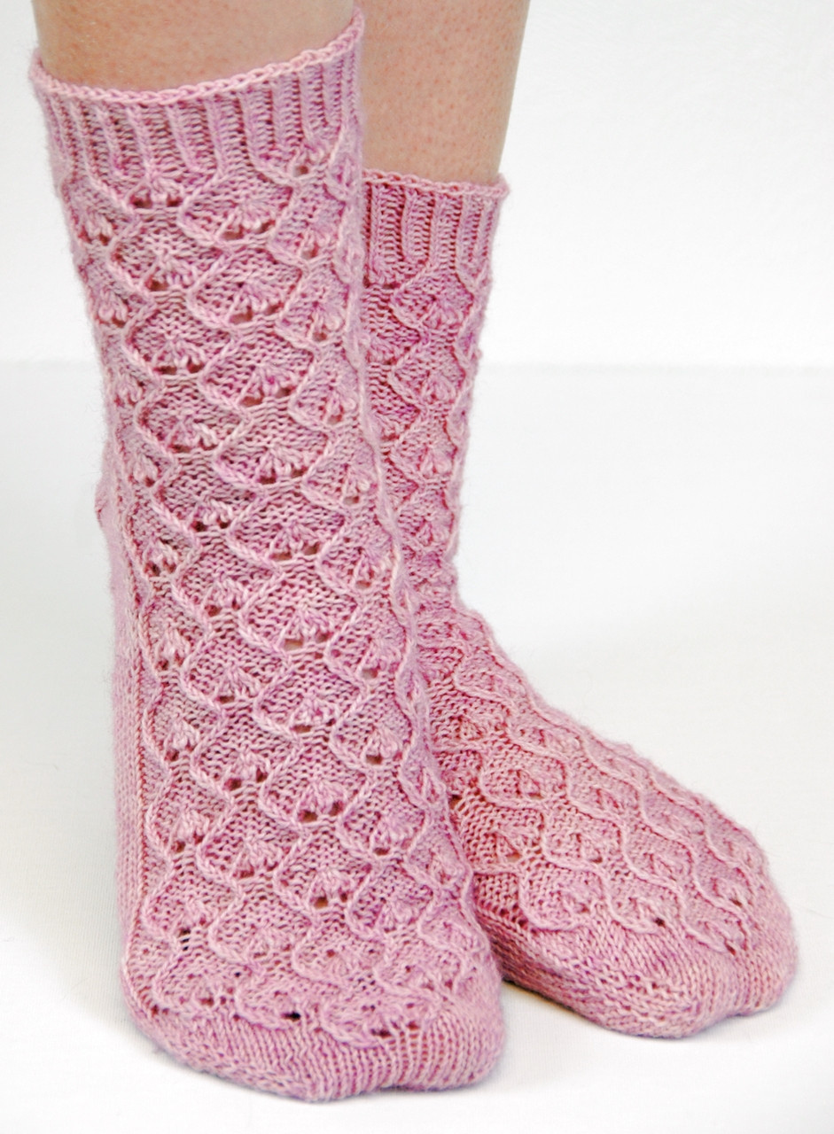 Evighet :: sock knitting pattern from talvi knits.