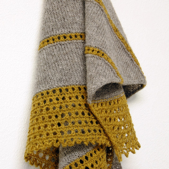 Valo :: shawl knitting pattern