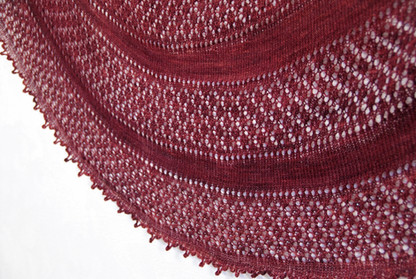 Fenberry Shawl :: shawl knitting pattern