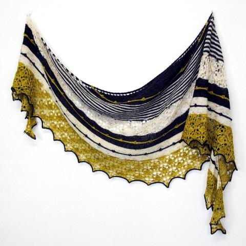 Trick of the Light :: shawl knitting pattern