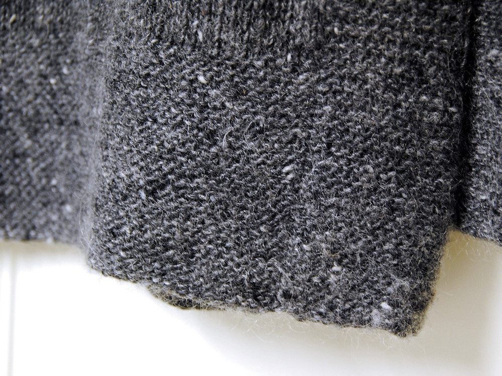 Jogless garter stitch in Tweed is the New Black