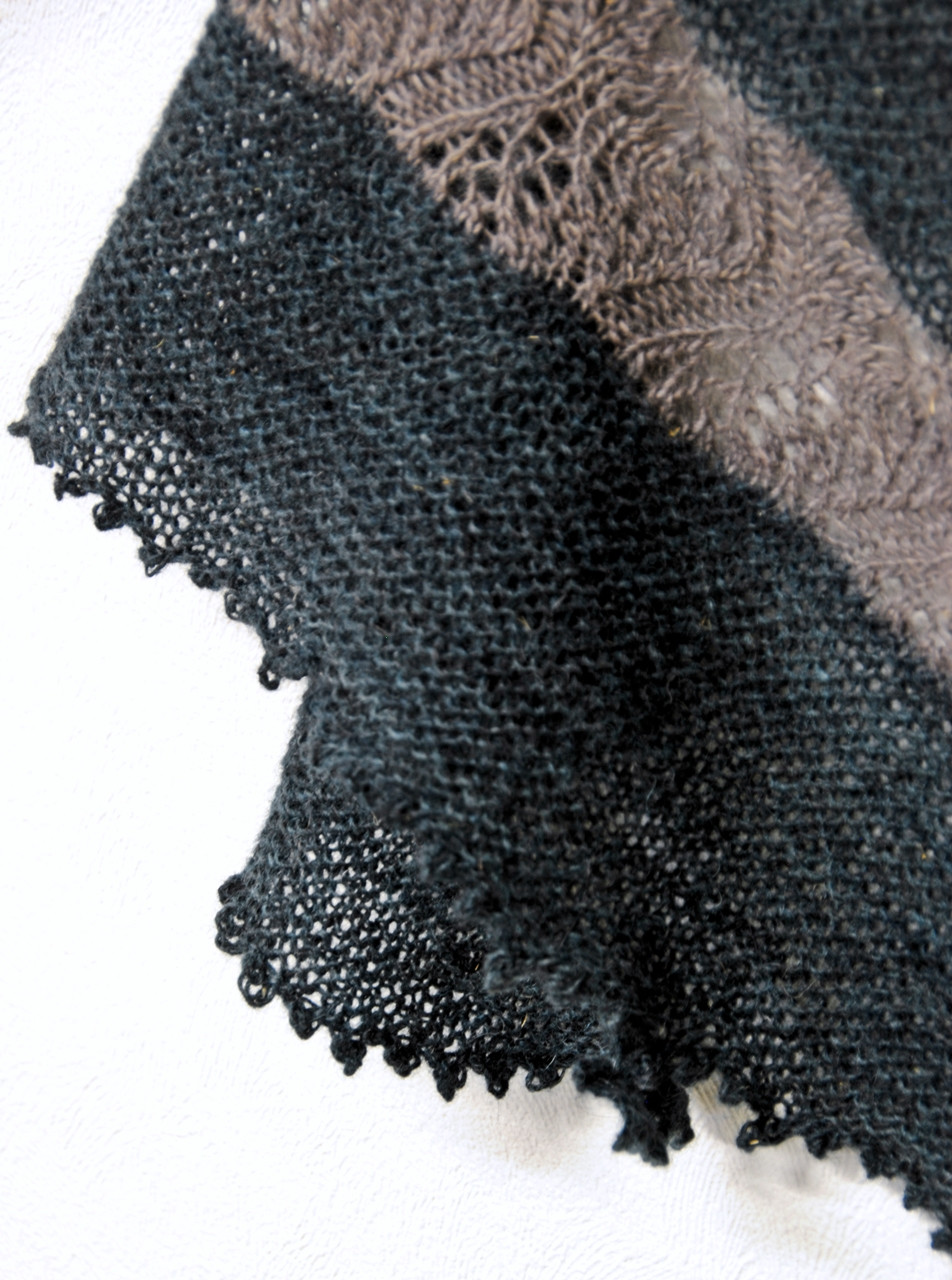 Lace and garter stitch detail on Polar Lights