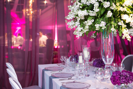 WHY YOU NEED AN EVENT STYLIST