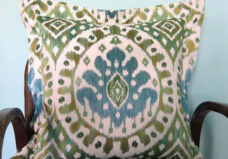 Embroidered-ikat-cushion-with-oxford-edg