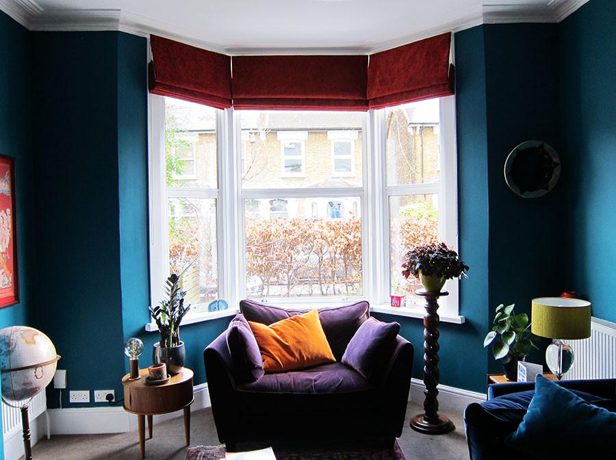 Zaragoza-velvet-blinds-in-a-bay-window.j