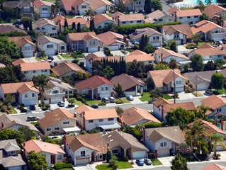 California Home Prices on Track to Hit a Record ....