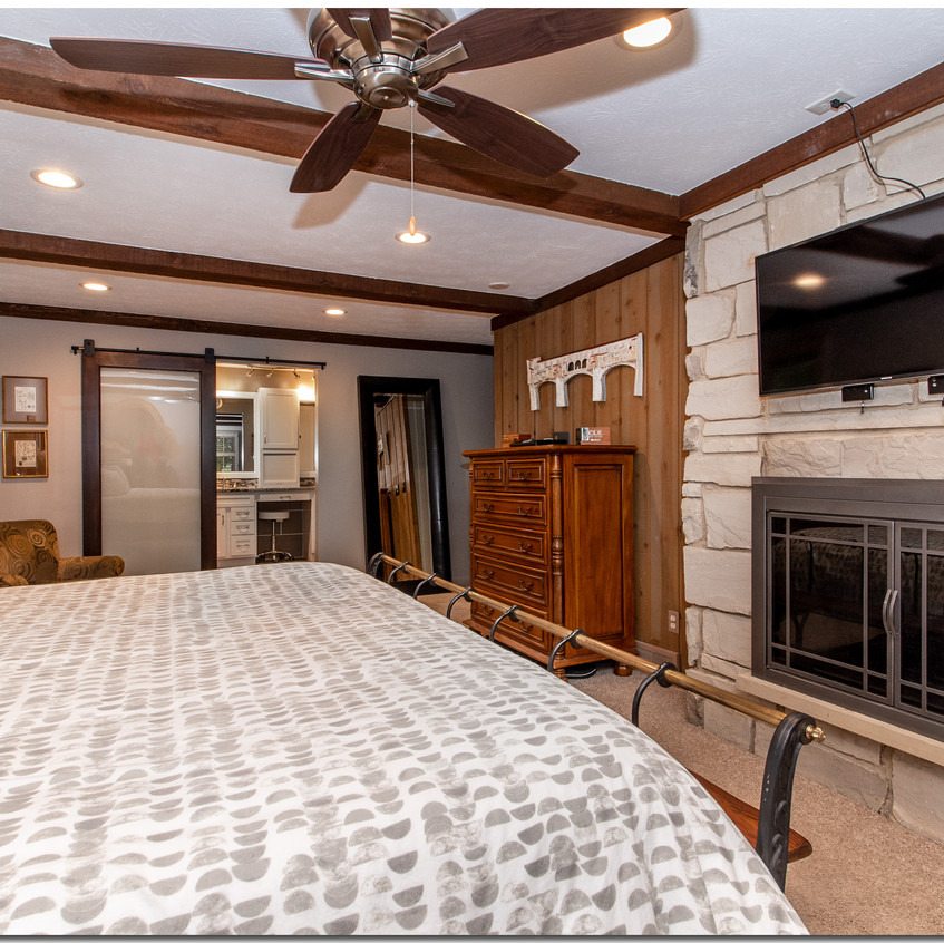 Master Bedroom, Fireplace View