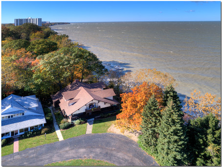 Wow! Lakefront living! Updated century cottage, private beach, sunsets 27600 N. Wind Dr., Euclid