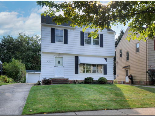 UNDER CONTRACT!! Charming, quaint, well-maintained Colonial! 1029 Avondale, South Euclid, OH