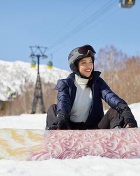 ClubMed_tomamu_snowboard.jpeg