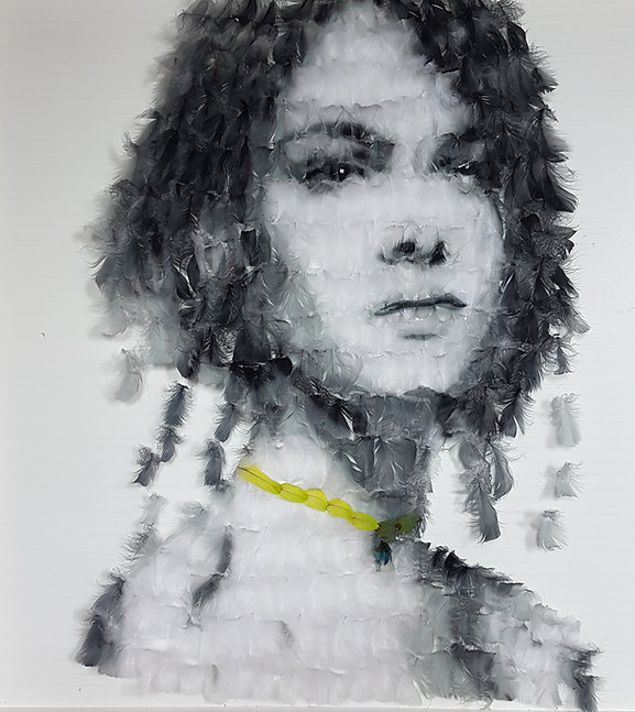 the collar girl (1).jpg