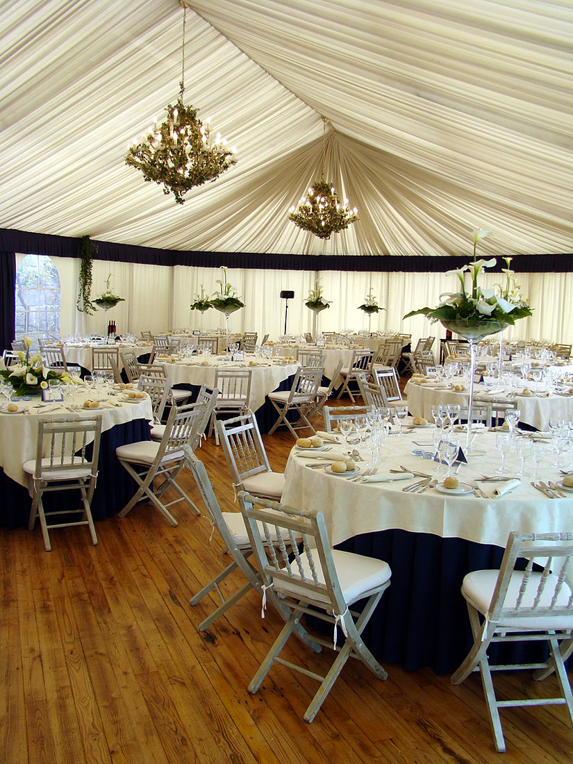Elegant Event Tent & Sarau0027s Cooking and Catering | Wedding Catering | Framingham MA
