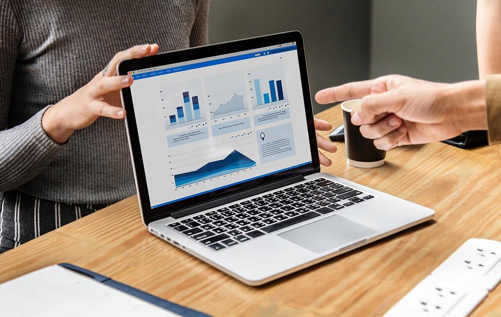 Dữ liệu đầu vào giúp doanh nghiệp xây dựng hệ thống vận hành dựa trên thông tin thu thập được qua thời gian