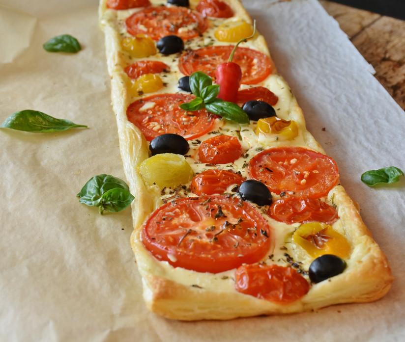appetizing-basil-cheese-162744.jpg
