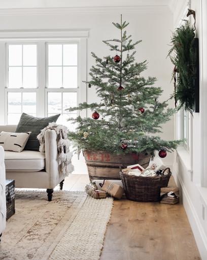 Modern+farmhouse+Christmas+decorating+id