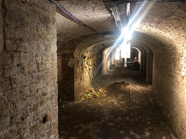 crypt12.jpg