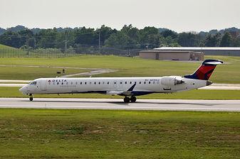 Endeavor CRJ900.jpg
