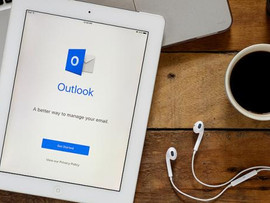 5 QUICK OUTLOOK TIPS AND TRICKS
