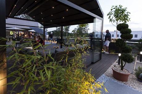 Sonnenschutz Terrasse mit LED-Beleuchtung