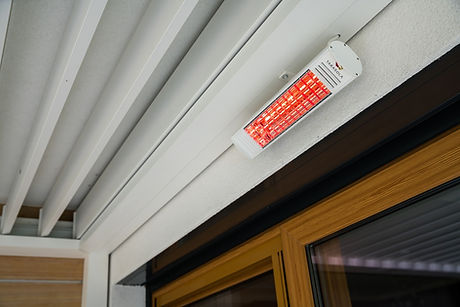 Sonnenschutz Terrasse mit Heizstrahlern