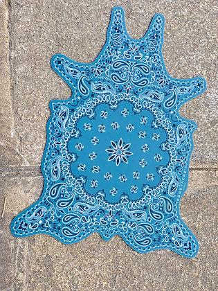 Set de table en vinyle Matériau : PVC Dimensions : 38 x 48 cm Conception style bandana Fond de couleur bleu skdeco skdecoshop