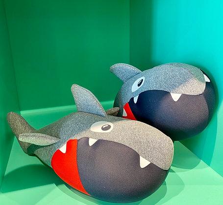 Peluche rigolo rigolote jolie mignonne animal requin tissus hypoallergenique doux confort agreable SKDéco skdecoshop skdeco