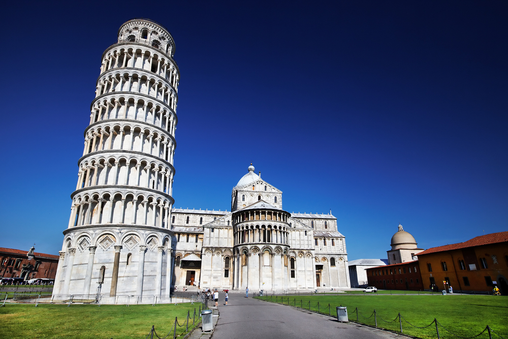 Leaning-Tower-of-Pisa_shutterstock_85100518